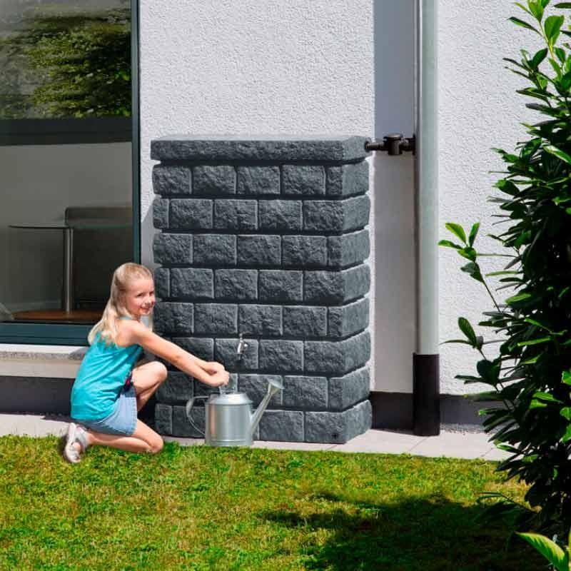 ahorro de agua y dinero en riego del jardin